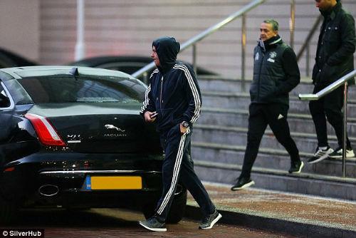 Mourinho hành xử như muốn mình bị sa thải - 6