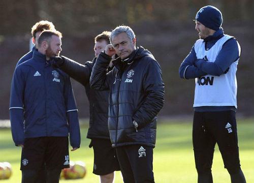 Mourinho hành xử như muốn mình bị sa thải - 7