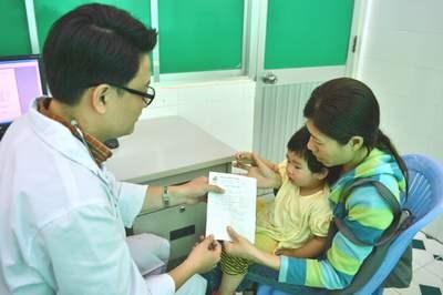 74% bác sĩ kê đơn kháng sinh không đúng: Thảm họa cho tương lai - 2