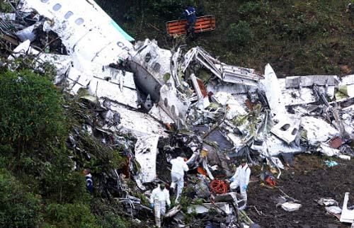 """Máy bay chở đội bóng Brazil rơi: """"Bi kịch MU"""" thời hiện đại - 4"""