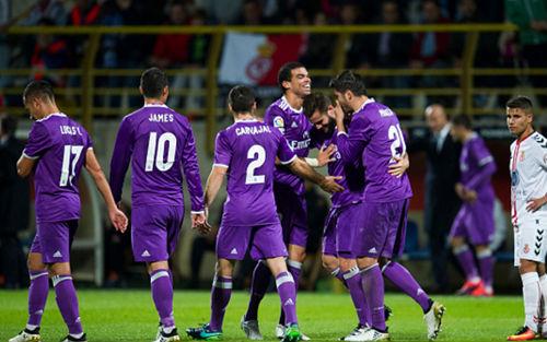 Real Madrid - Cultural: Bước đệm tới Siêu kinh điển - 1
