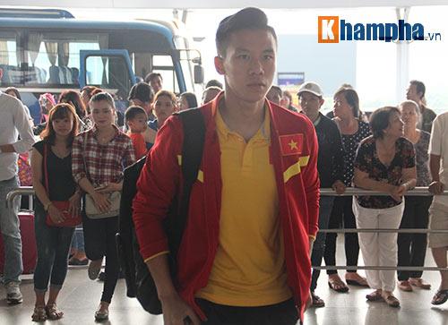 AFF Cup: ĐT Việt Nam đi Indonesia với niềm tin quyết thắng - 11