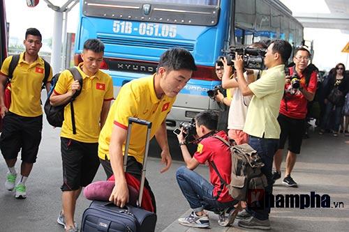 AFF Cup: ĐT Việt Nam đi Indonesia với niềm tin quyết thắng - 2
