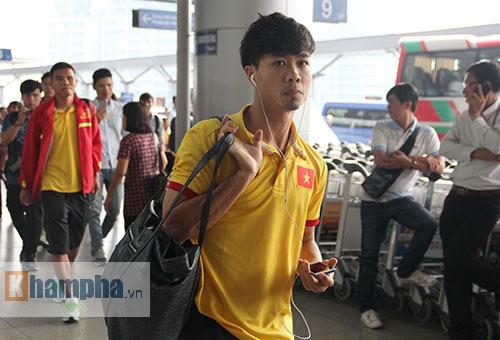 AFF Cup: ĐT Việt Nam đi Indonesia với niềm tin quyết thắng - 6