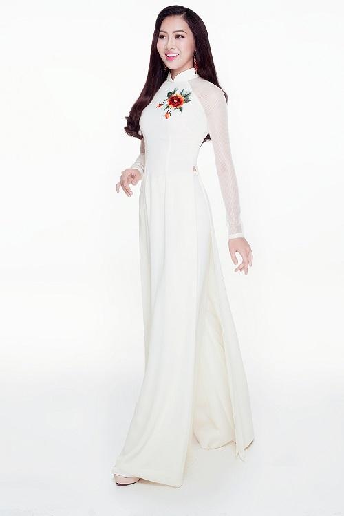 Diệu Ngọc diện áo yếm gợi cảm, bay bổng thi Miss World - 6