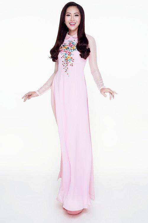 Diệu Ngọc diện áo yếm gợi cảm, bay bổng thi Miss World - 7