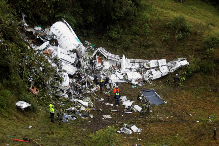Dự đoán tai nạn máy bay chở đội bóng từ 8 tháng trước? - 1