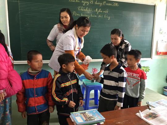 Người Việt mất 1,5 triệu lít máu/năm vì giun - 1