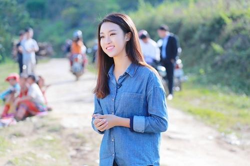 """Dù mặc giản dị, hoa hậu Mỹ Linh vẫn đẹp """"đốn tim"""" - 10"""