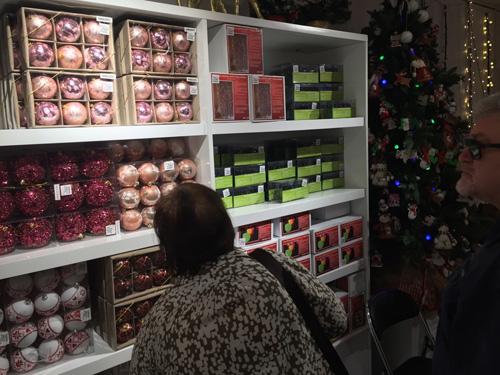 Chục triệu mỗi món đồ trang trí Giáng sinh đẹp hút mắt - 16