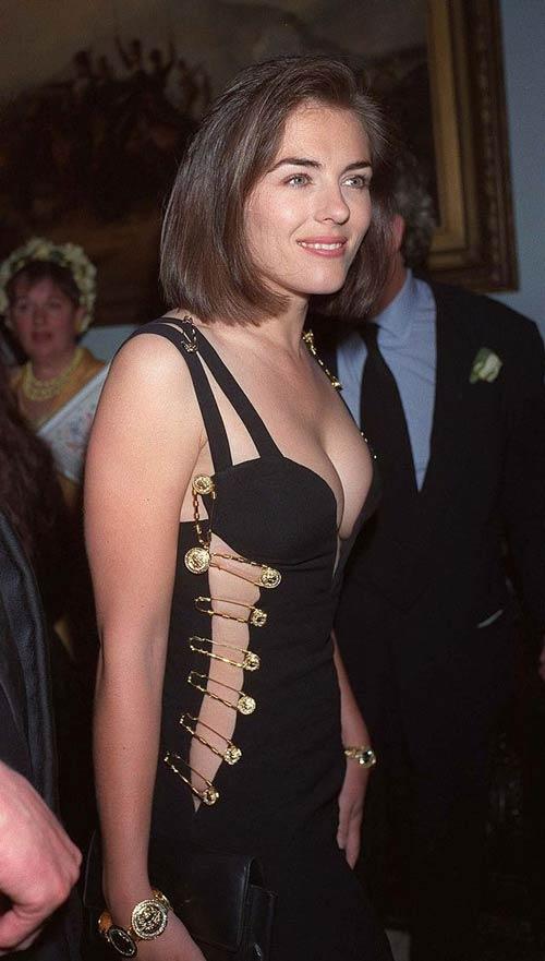 """""""Thót tim"""" ngắm váy đính bằng kim băng của mỹ nhân - 1"""
