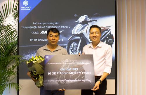 Khách hàng may mắn trúng xe cùng Piaggio Quang Phương - 2
