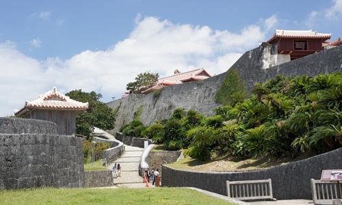 Say đắm vẻ đẹp bí ẩn – huyền bí của hòn đảo Okinawa Nhật Bản - 5