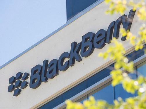 Blackberry tham gia phát triển xe tự hành - 1