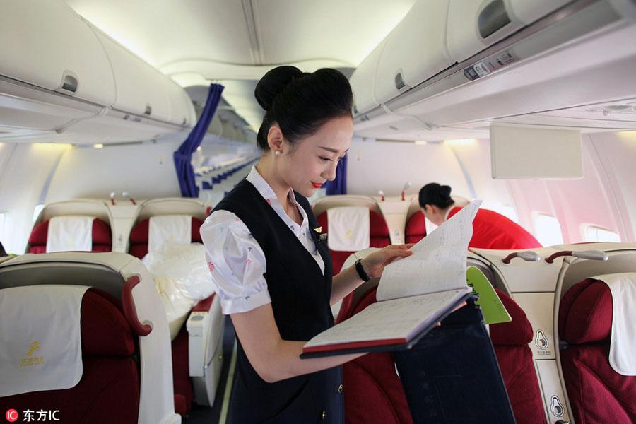 """Ngắm nữ tiếp viên hàng không TQ """"xinh đẹp nhất thế giới"""" - 4"""