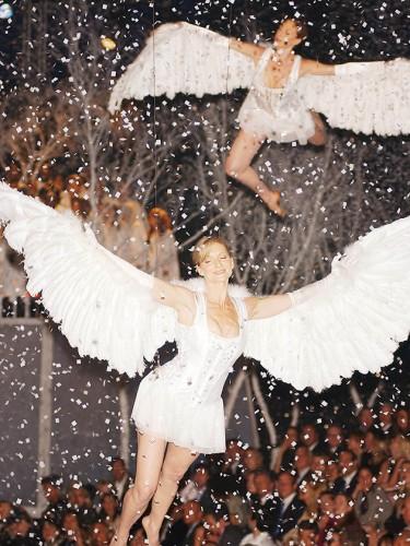 """Khoảnh khắc đẹp """"đứng hình"""" của Victoria's Secret Show - 1"""