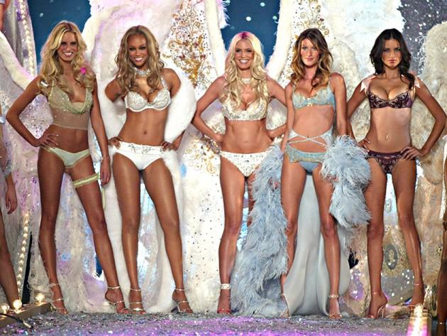 """Khoảnh khắc đẹp """"đứng hình"""" của Victoria's Secret Show - 6"""