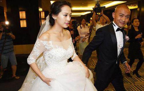 """Không ngờ ngoài đời """"Đường Tăng"""" lại cưới """"Hồ Ly Tinh"""" - 2"""