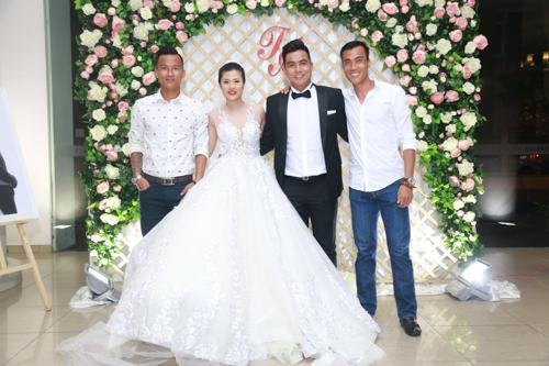 Sao bóng đá tấp nập dự tiệc cưới DJ bốc lửa và cựu tiền đạo Việt Thắng - 3