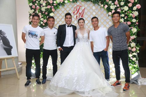 Sao bóng đá tấp nập dự tiệc cưới DJ bốc lửa và cựu tiền đạo Việt Thắng - 6