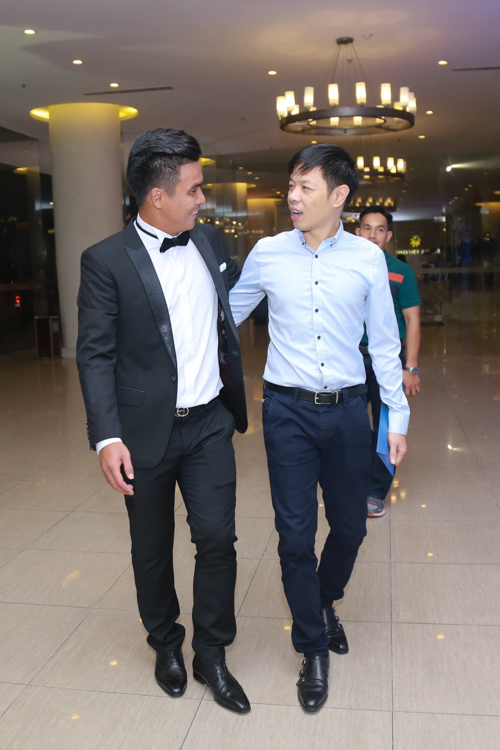 Sao bóng đá tấp nập dự tiệc cưới DJ bốc lửa và cựu tiền đạo Việt Thắng - 11