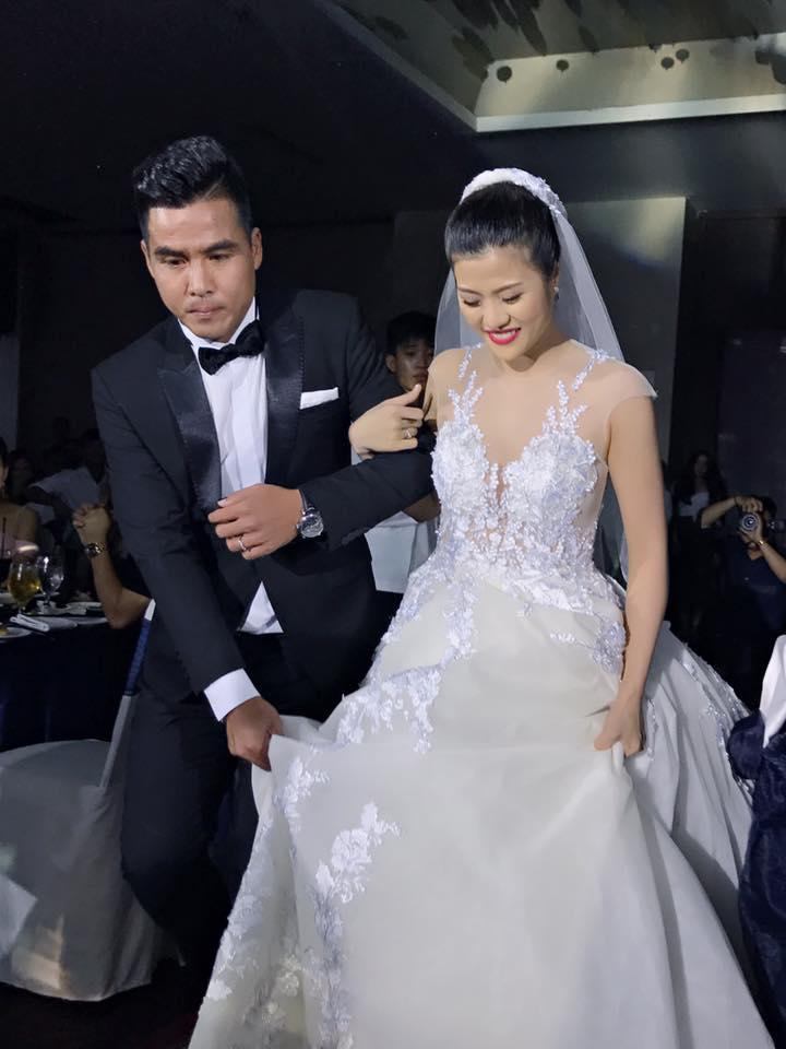 """Tan chảy với 15 khoảnh khắc trong lễ cưới cựu tiền đạo Thắng """"Bế"""" - 2"""