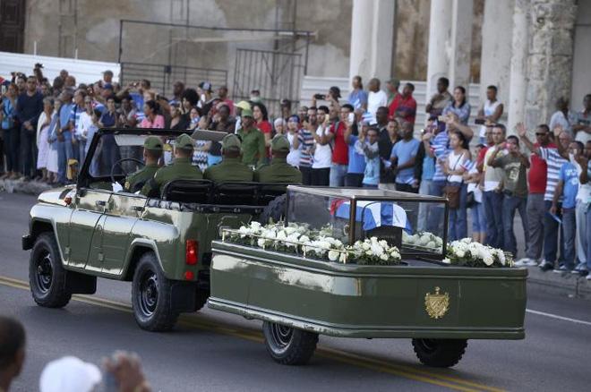 """Rước tro cốt lãnh tụ Fidel Castro về """"nôi"""" cách mạng Cuba - 3"""