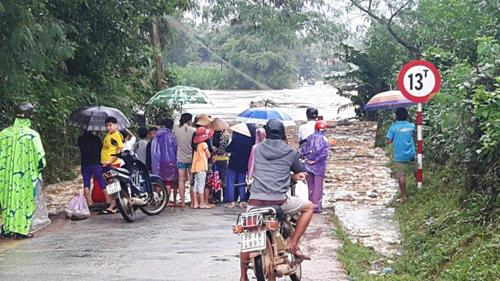 Bình Định: Đã có người chết và mất tích do mưa lũ - 2