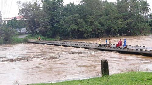 Bình Định: Đã có người chết và mất tích do mưa lũ - 5