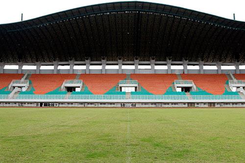 AFF Cup: SVĐ đại chiến Indonesia - Việt Nam như một công trường - 1