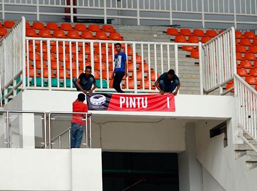 AFF Cup: SVĐ đại chiến Indonesia - Việt Nam như một công trường - 5