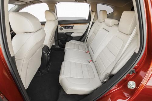 Honda CR-V 2017 có giá khởi điểm 568 triệu đồng - 10