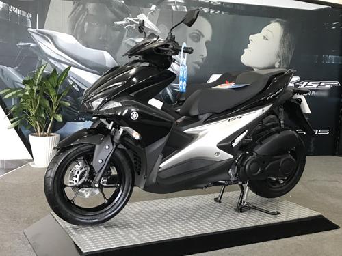 Chính thức công bố giá Yamaha NVX 2017 - 3