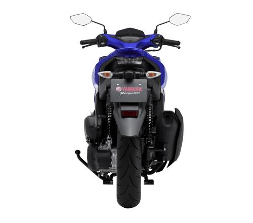 Chính thức công bố giá Yamaha NVX 2017 - 6