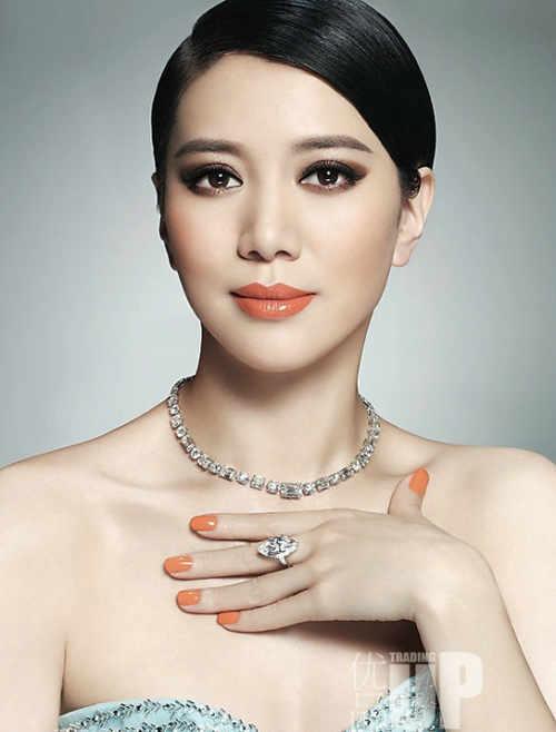 """Vợ hoa hậu của """"Quách Tĩnh"""" U50 vẫn đẹp thách thức thời gian - 2"""