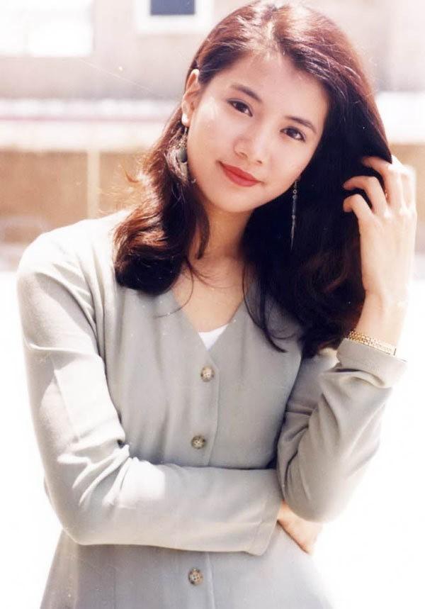 """Vợ hoa hậu của """"Quách Tĩnh"""" U50 vẫn đẹp thách thức thời gian - 6"""