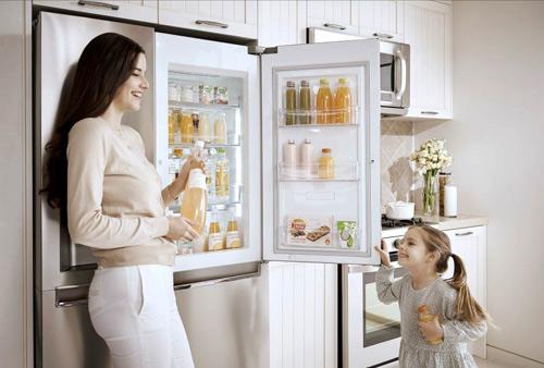 """4 lý do tủ lạnh mặt thép """"lên ngôi"""" trong thiết kế bếp hiện đại. - 160481"""