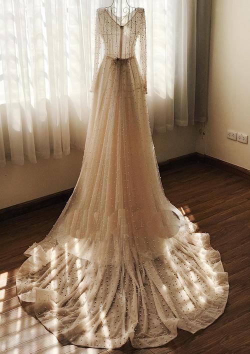 """""""Lóa mắt"""" với váy cưới 100 triệu của MC VTV - 2"""