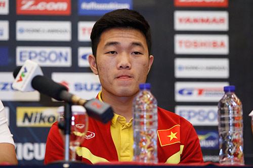 Bán kết AFF Cup: Riedl nổi giận, Hữu Thắng bản lĩnh - 7