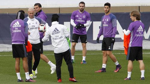 Siêu kinh điển Barca – Real: Zidane đã có 11 cái tên ưng ý - 1