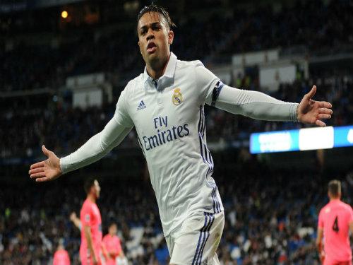 Tin HOT bóng đá tối 2/12: Tài năng Real ghi bàn khủng nhất trời Âu - 1