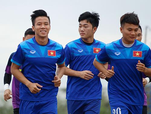 Tin nhanh AFF Cup 2/12: ĐT Việt Nam phải dè chừng trọng tài - 1