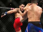 Hy hữu UFC: Thua tức tưởi vì mắc ngón chân vào lồng sắt