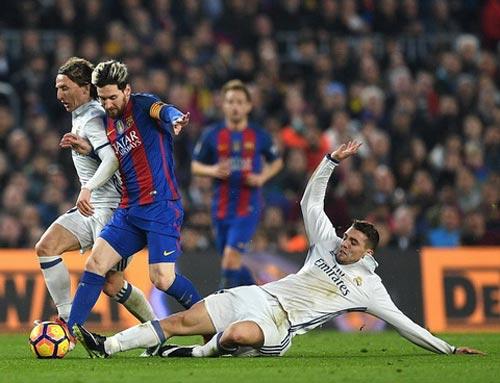 """Messi, từ """"Vua Siêu kinh điển"""" hóa người tầm thường - 1"""