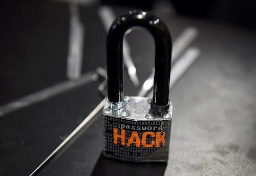 Nga: Ngân hàng trung ương bị hacker đánh cắp 31 triệu USD - 1
