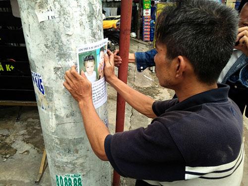 Cha quỳ lạy giữa Sài Gòn tìm con: Bé ở Đồng Nai cùng mẹ - 2