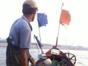 Thị trường - Tiêu dùng - Cá ít, ngư dân loay hoay chuyện bỏ thuyền