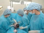 Sức khỏe đời sống - Làm rõ vụ bé sơ sinh bị gãy xương đùi sau ca mổ đẻ