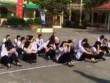 Giáo viên phạt HS chạy 10 vòng sân trường và ngồi giữa trời nắng