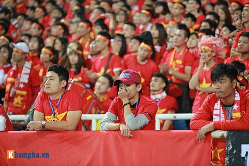 Việt Nam - Indonesia: Fan hừng hực trước trận, hụt hẫng sau trận - 14
